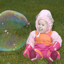 best-bubble-party-outside-baby-bubble